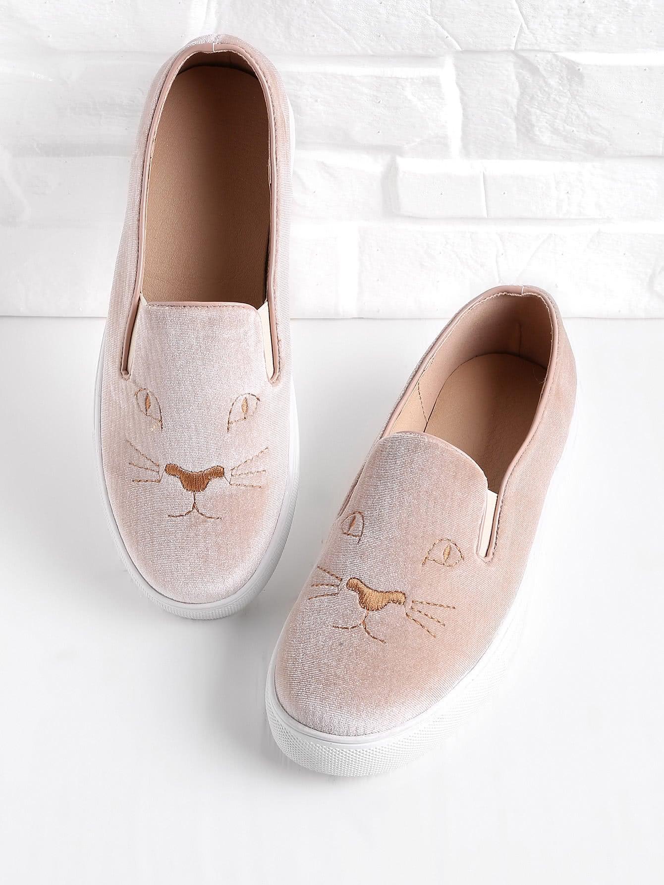 Фото Embroidery Detail Velvet Slip On Plimsolls. Купить с доставкой