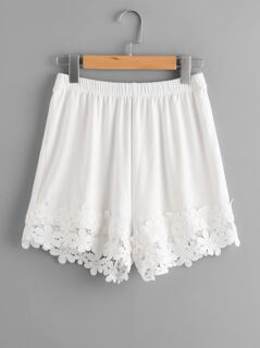 Lace Applique Hem Elastic Waist Shorts