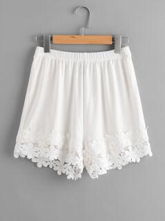 Lace Applique Hem Elastic Waist Shorts
