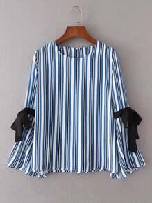 Bluse mit Glockärmeln, Streifen und Band