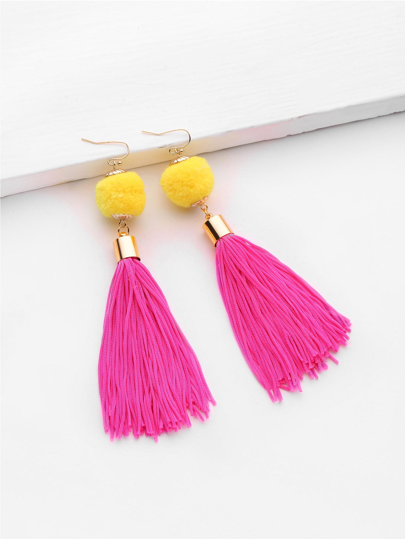 Фото Pom Pom And Tassel Design Drop Earrings. Купить с доставкой