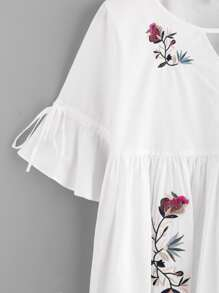 Cutout Neck Trumpet Sleeve Embroidered Smock Top pictures