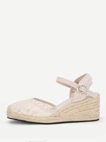Sandales en coin tissées en dentelle