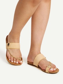 Chain Detail Toe Ring Flat Sandals