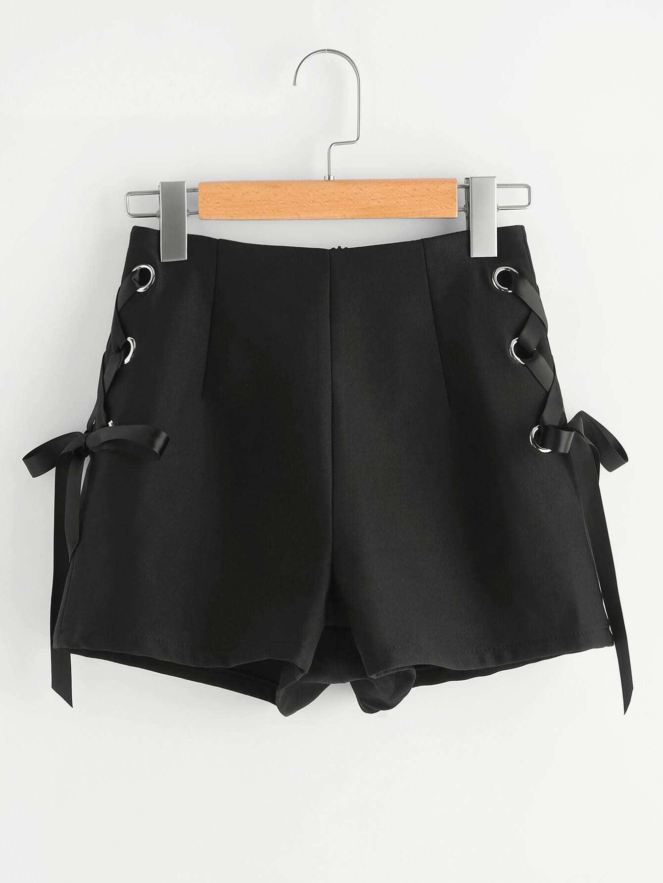 Фото Zip Back Grommet Lace Up Tailored Shorts. Купить с доставкой