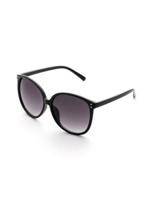 Lightweight Frame Oversized Sunglasses