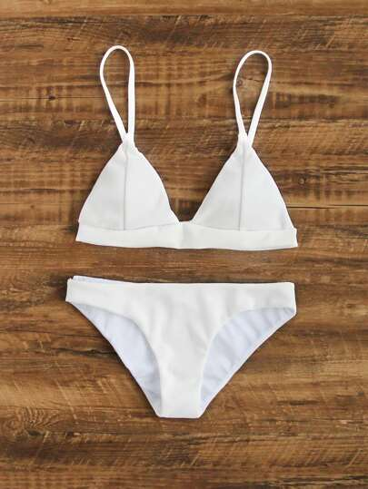 Ensemble de bikini triangle cousu
