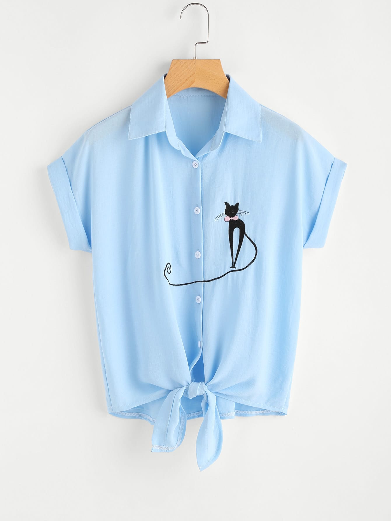 Фото Cat Embroidery Knotted Hem Cuffed Shirt. Купить с доставкой