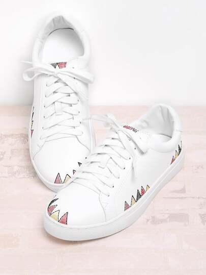 Embroidery Detail Round Toe Lace Up Sneakers