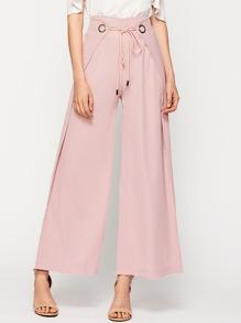 Pantalones con cordón en la cintura