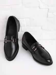Chaussures Brogue détail de métal en cuir faux