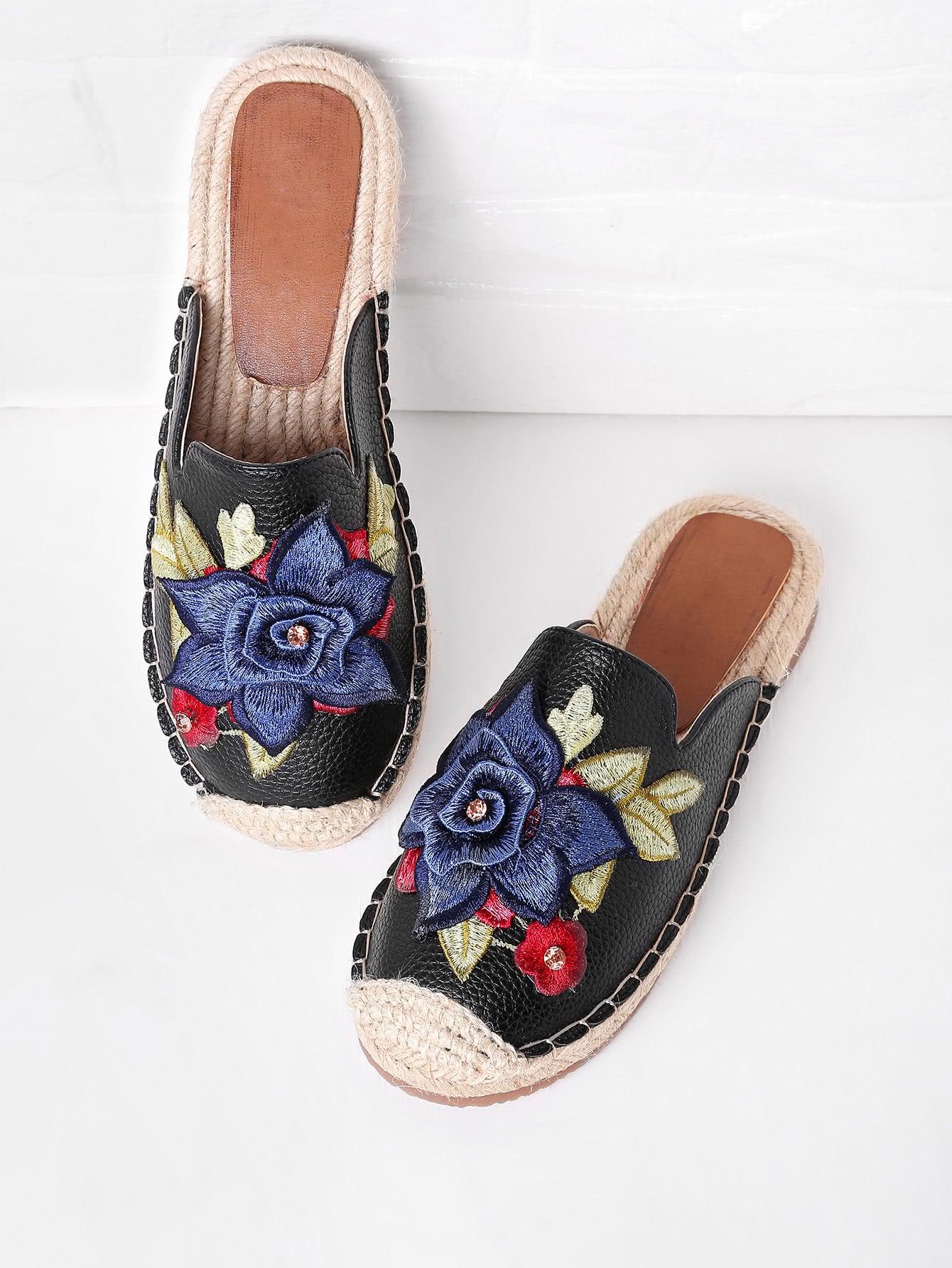 Фото Flower Embroidery Cap Toe Flat Slippers With Rhinestone. Купить с доставкой