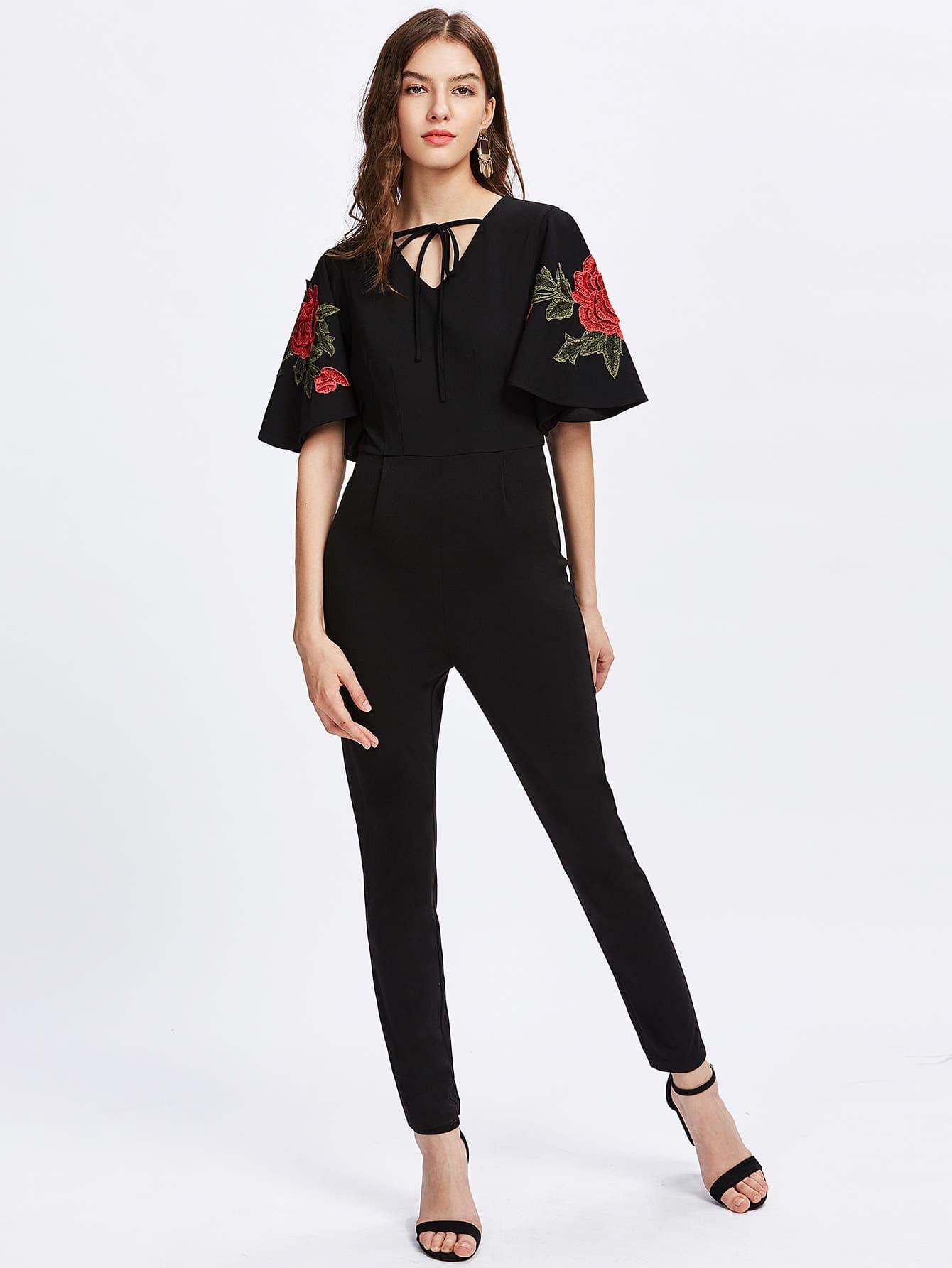 Фото Rose Embroidery Applique Flutter Sleeve Tied Neck Jumpsuit. Купить с доставкой