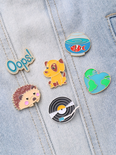 Hedgehog & Dog Design Brooch Set