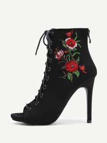 Zapatillas con tacón con bordado de flor con cordones