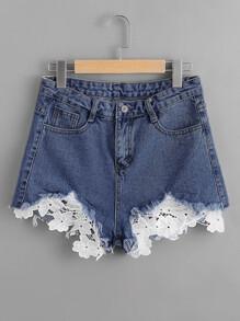Frayed Hem Lace Appliques Denim Shorts