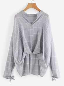 Bluse mit sehr tief angesetzter Schulterpartie und Plissee Detail