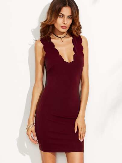 Robe fourreau col V sans manche - rouge bordeaux