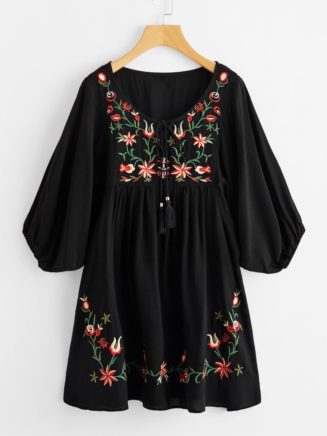 Tasseled Tie Neck Lantern Sleeve Embroidered Smock Dress цена 2017