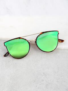 Tortoise Rim Wayfarer Sunnies GREEN