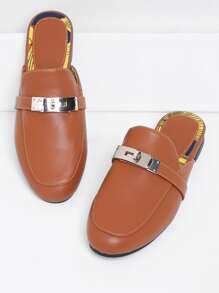 Модные кожаные тапочки