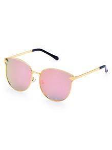 Модные солнечные очки с металлической оправой