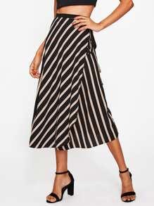 Falda superpuesta de gasa de rayas con detalle de cordón