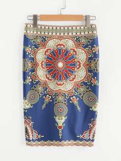 Ornate Print Form Fitting Skirt