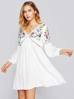 Lace Insert Botanical Embroidery Lantern Sleeve Dress
