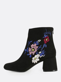 Floral Embroidered Round Toe Boots BLACK