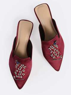Beaded Point Toe Flat Loafers WINE