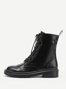 Модные кожаные ботинки со шнуровкой