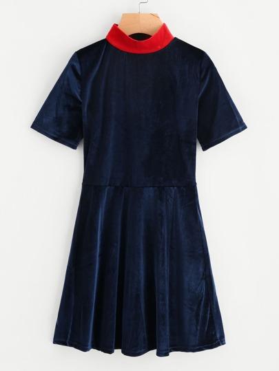 Contrast Collar Swing Velvet Dress