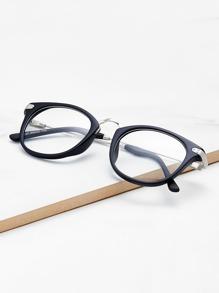 Gafas vintage con lentes transparentes