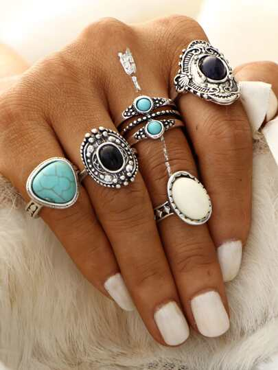 Antique Silver Gemstone Geometric Carved Ring Set
