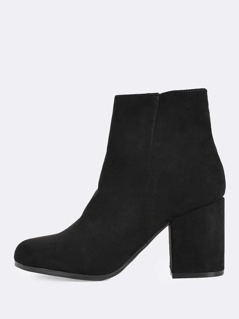 Round Toe Chunky Heel Boots BLACK