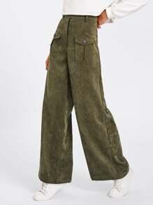 Pantalones con bolsillo en la parte delantera