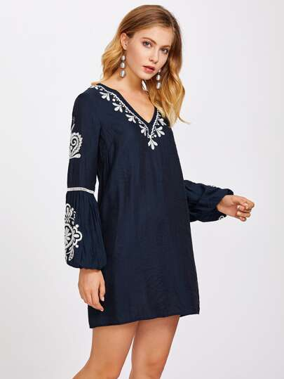 Lace Insert Lantern Sleeve Embroidered Dress