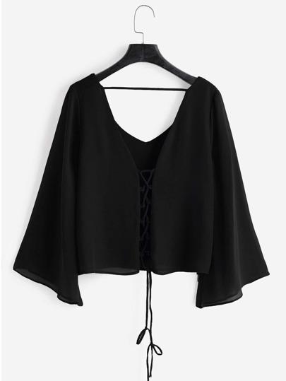 Top con cordón de manga de kimono escote V