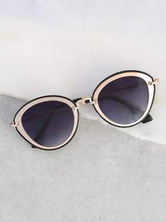Rounded Cat Eye Sunnies BLACK