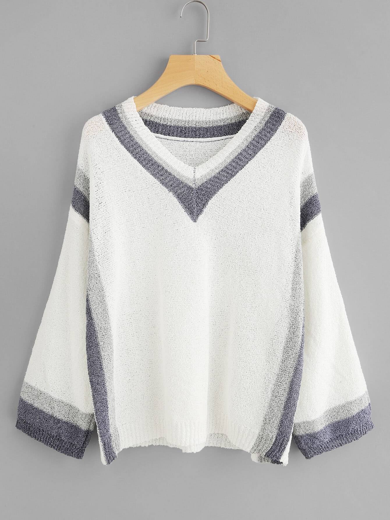 Contrast Striped Hem Sweater sweater170905403