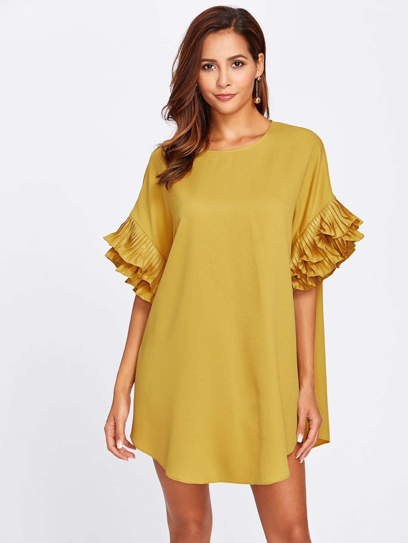 Tiered Pleated Ruffle Cuff Curved Hem Dress tiered pleated cuff solid top