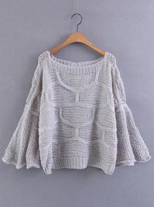 Suéter de cuello barco de manga flauta