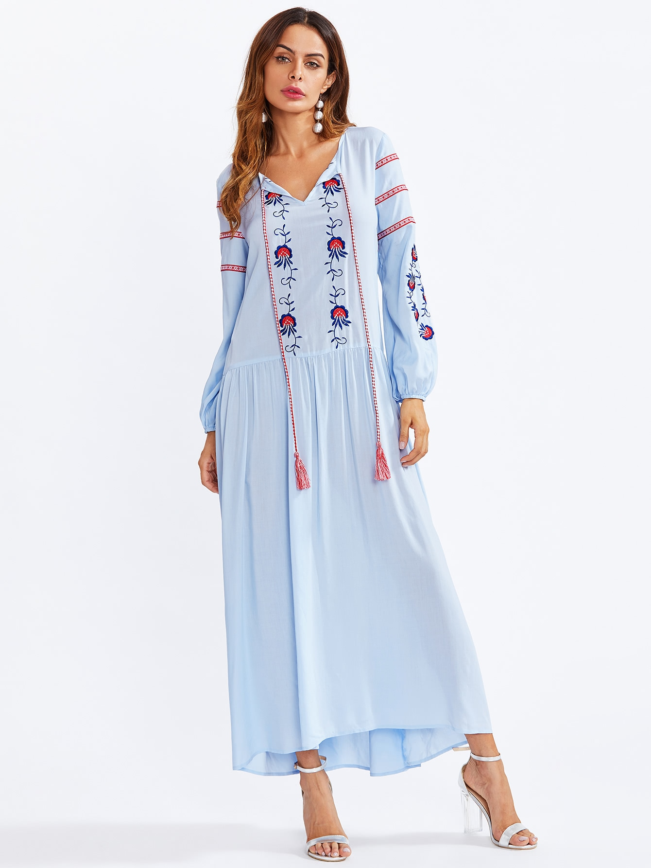 Tasseled Tie Neck Embroidered Smock Dress цена 2017