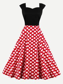 Sweetheart Neck Contrast Polka Dot Swing Dress