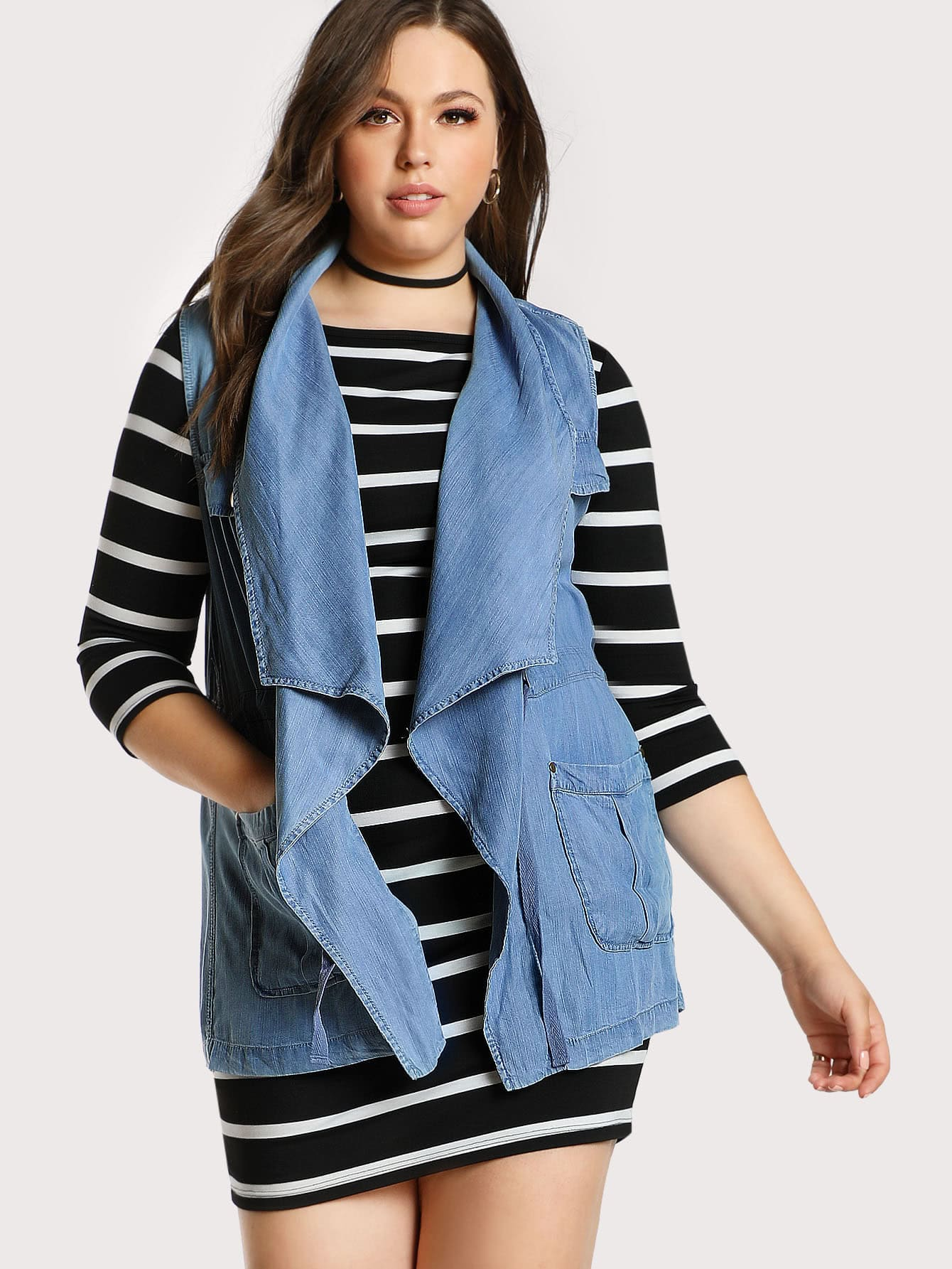 Image of Denim Front Pockets Sleeveless Jacket DENIM
