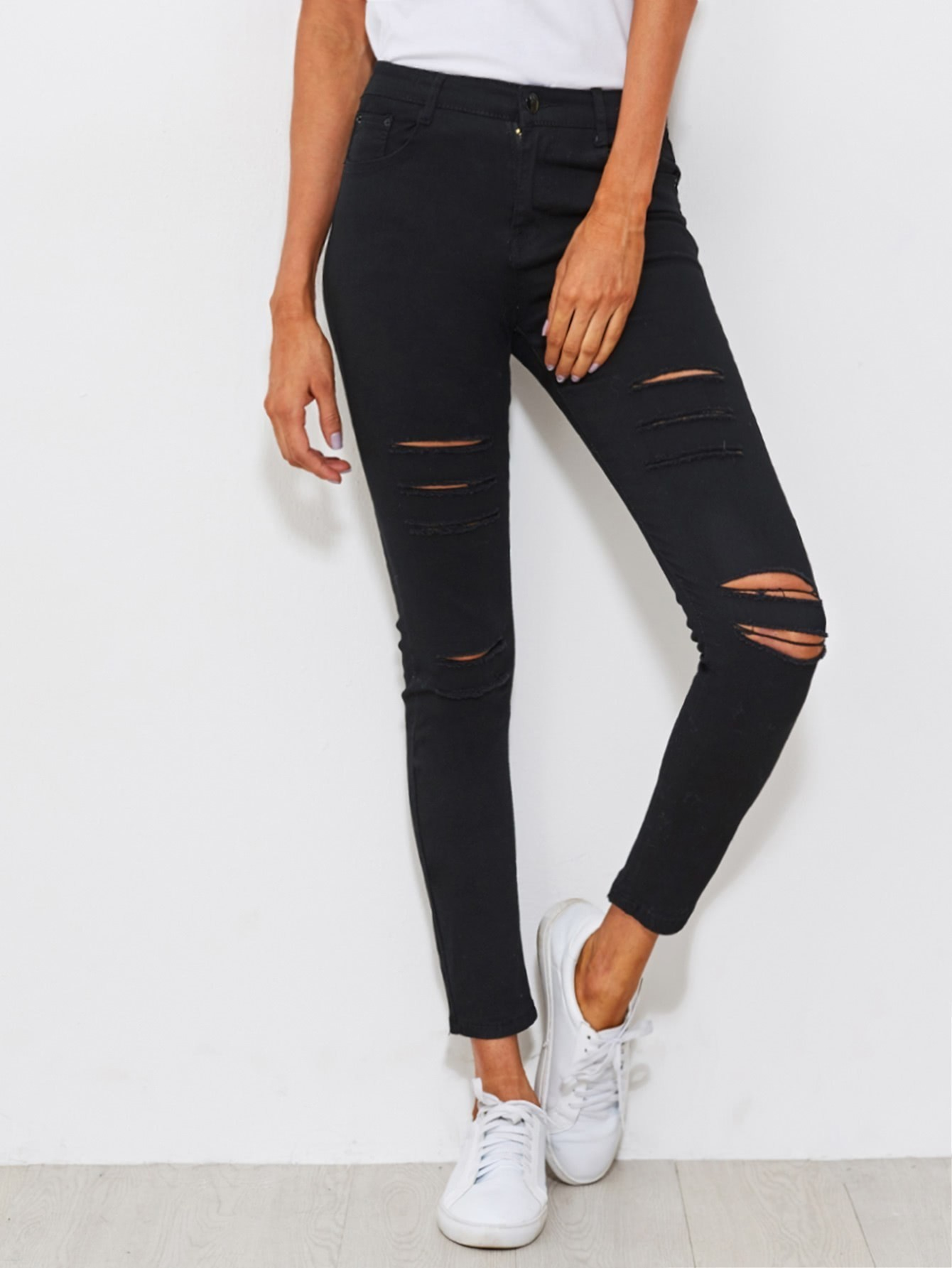 Distressed Skinny Jeans embroidered distressed skinny jeans