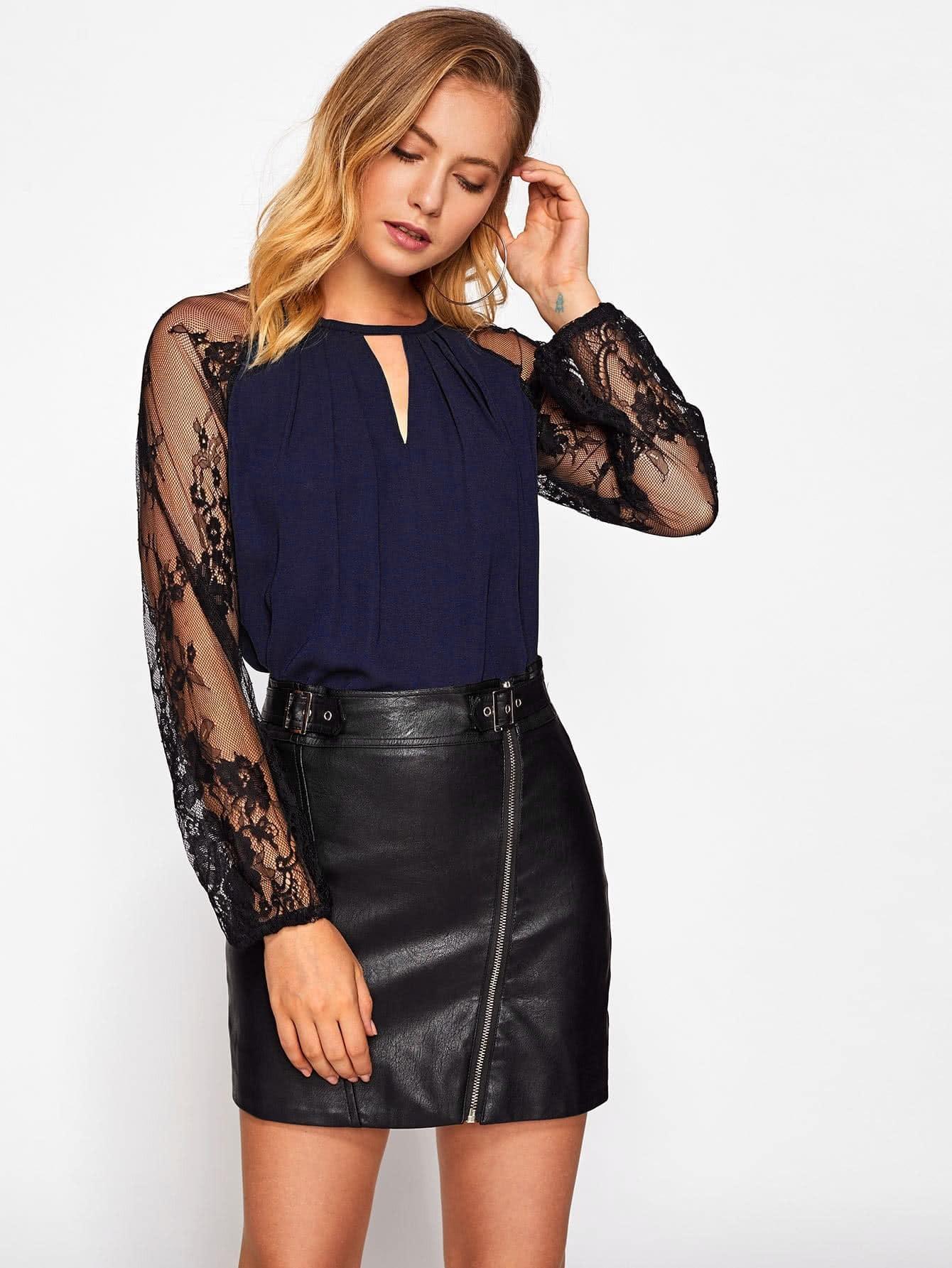 Contrast Lace Raglan Sleeve Keyhole Blouse