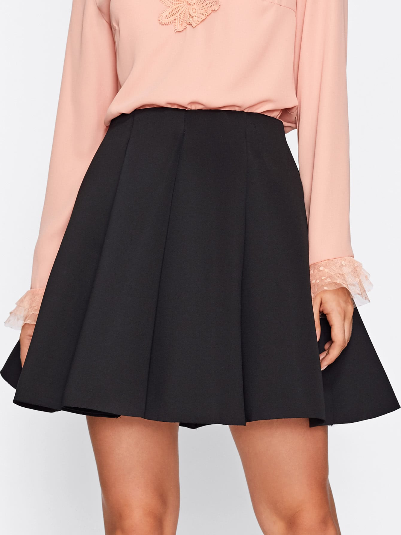 цены Box Pleated Skirt
