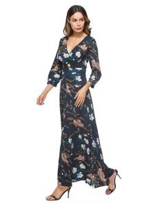 Vestido de cuello cruzado con estampado botánico